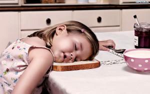 97507_sen-dziewczynka-chleb